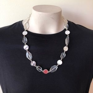 Jewelry - Silver tone / clear bead necklace